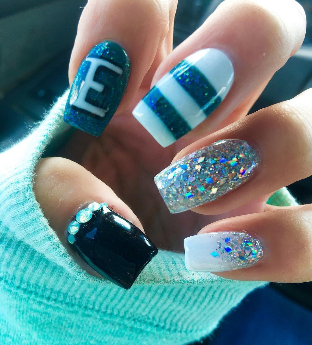 Fan nail art …   Nails   Pinte…