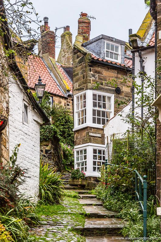 Robin Hood's Bay in Yorkshire, England is one of the most beautiful places in the UK. Click through for more pictures on the A Lady in London blog. #robinhoodsbay #england #yorkshire #village #uk