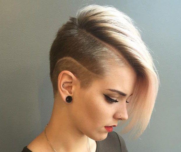 Taglio di capelli per ragazze alte