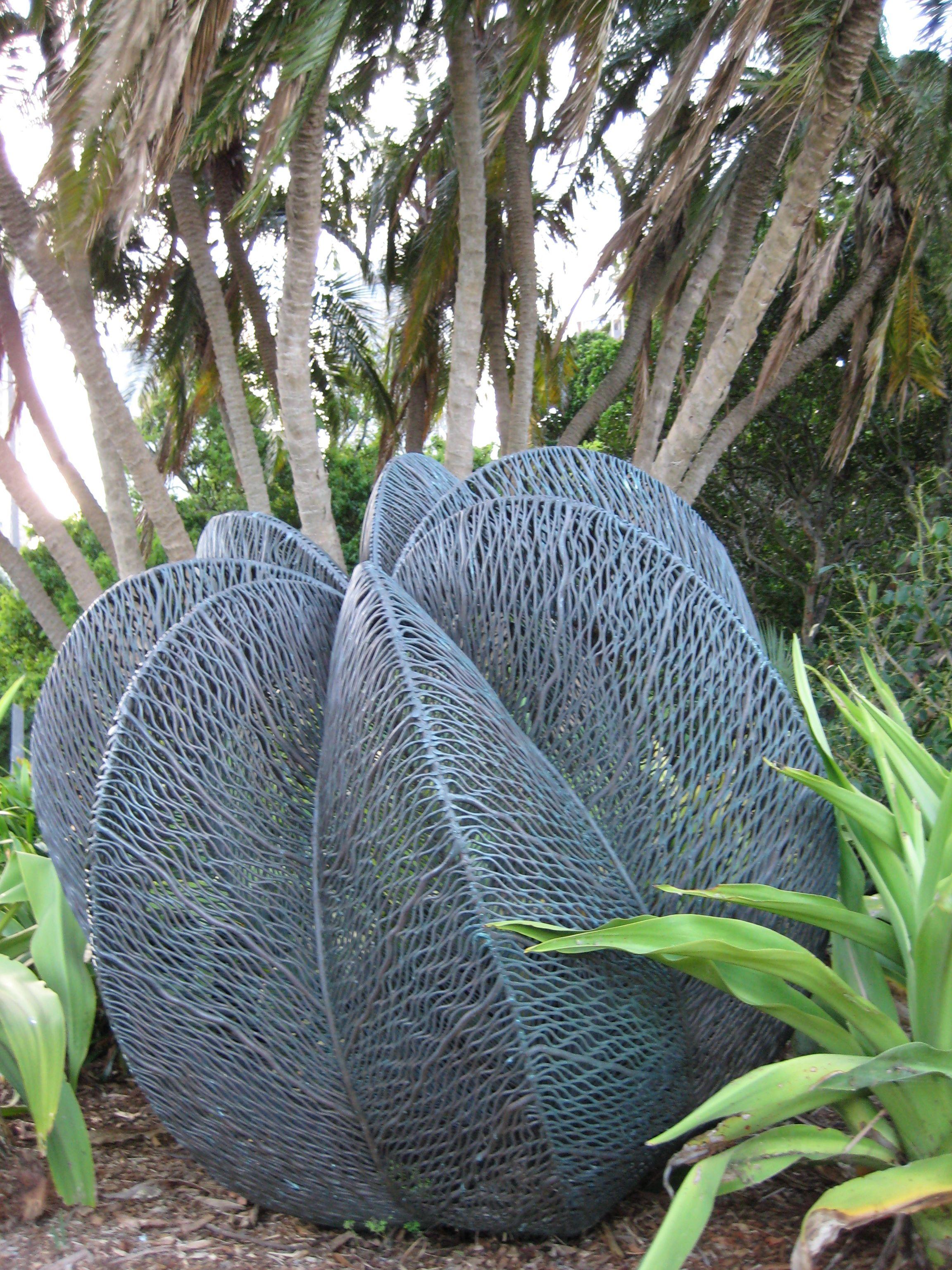 bronwyn oliver sculpture