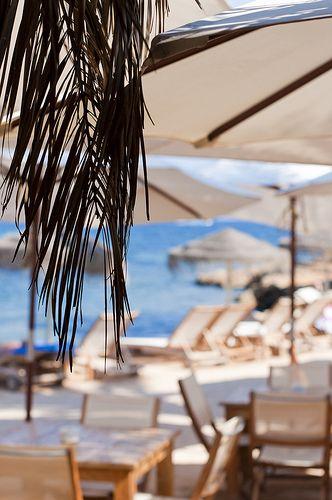 Babylon Beach Ibiza, Ibiza beach restaurant - White Ibiza. Photography by Sofia Gomez Fonzo