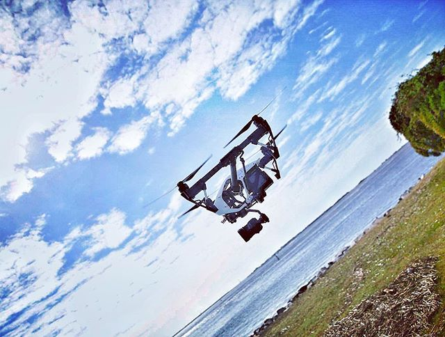Free Fly Friday! #dji #djiinspire1 #djiinspire #x5 #dronestagram #aerialvideo #freefly #coastalliving M3-2