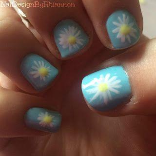 Daisy nail art tutorial