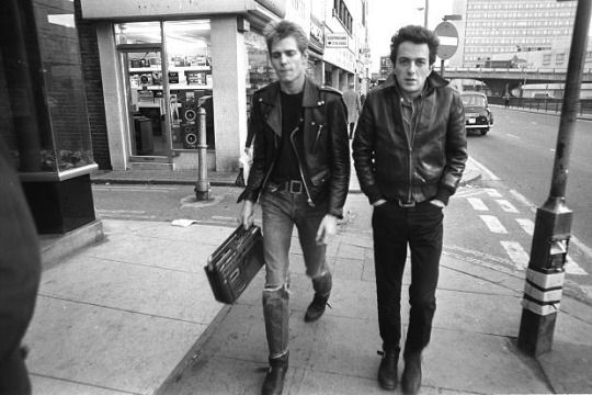 joe strummer and paul simonon of the clash in london, 1978, photographer unknown