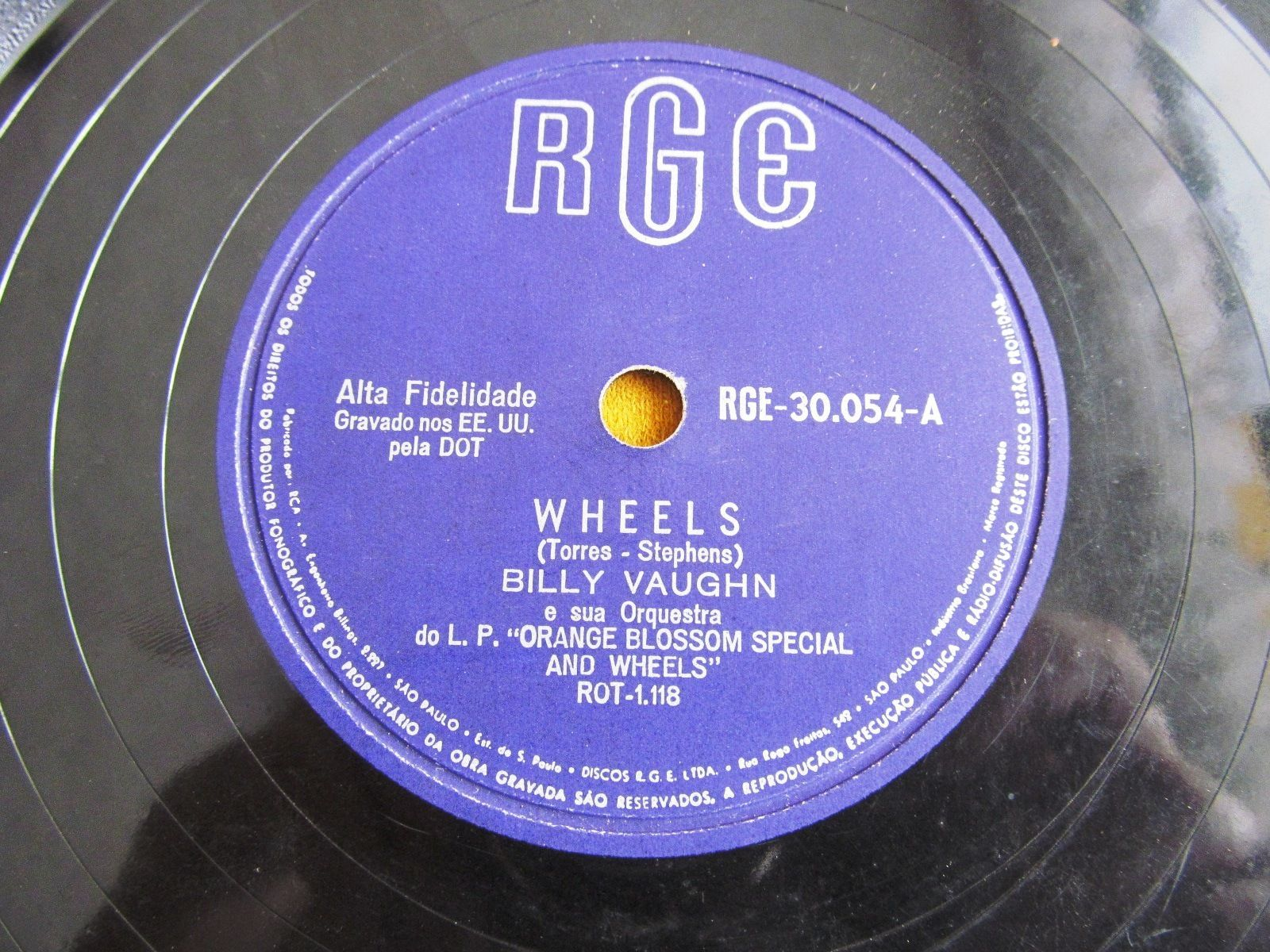 Billy Vaughn 78 rpm single of Wheels (Brazil) | The totally