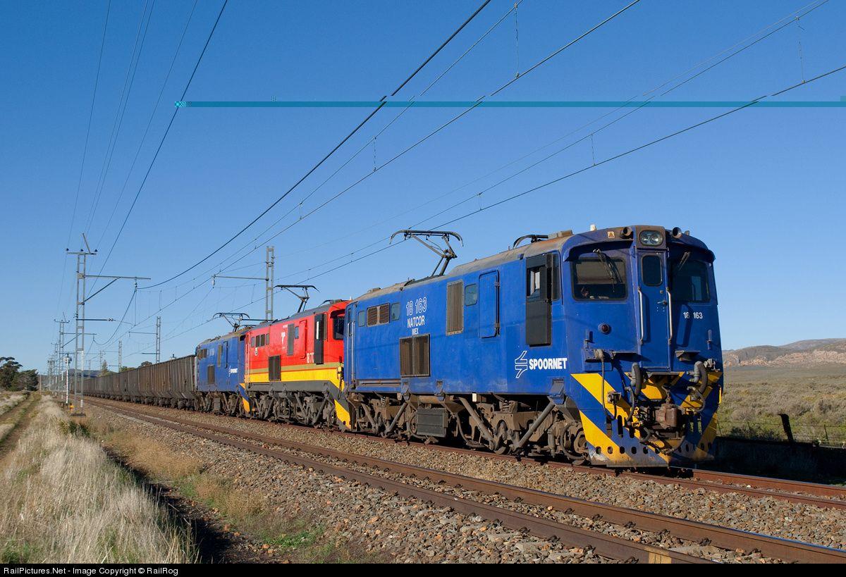 18163 Freight Rail 18E Electric Unit x3 at Karoo