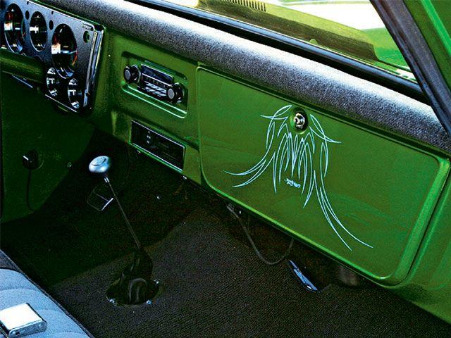 1967 Chevy C10 Pinstriping Photo 2 Chevy C10 Custom Chevy Trucks 1967 Chevy C10
