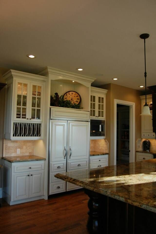 Pin By Ang Tes On Kitchen Ideas Inspirations Kitchen Cabinet Design Custom Kitchen Cabinets Custom Cabinets