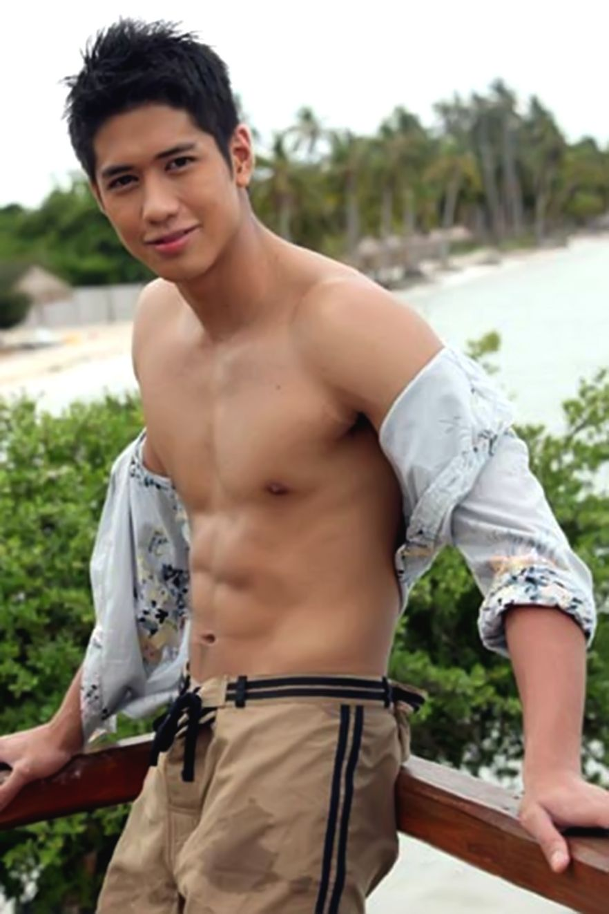 pinoy-naked-boy-wife-oral-sex-solomon