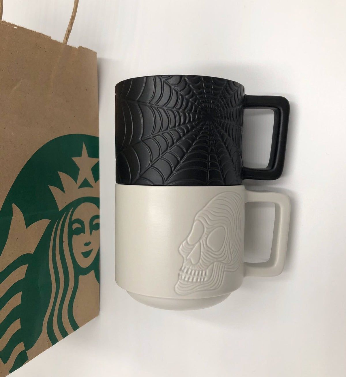 Pin by Toni Lynn on Mean muggin' in 2020 Starbucks mugs
