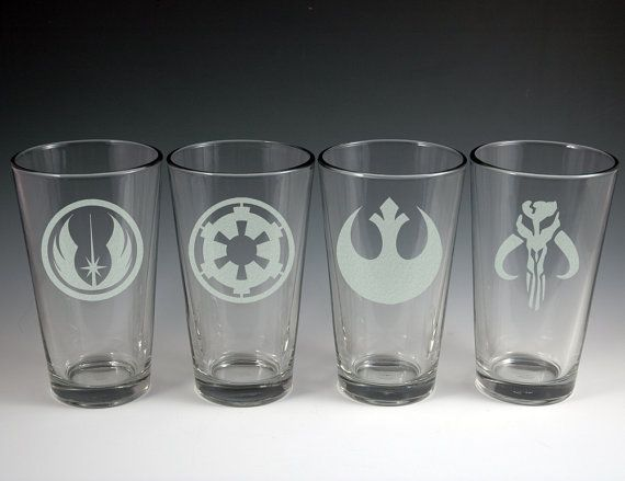 Star Wars Theme Etched Glass Set Of 4 Pint Glasses Star Wars Glass Glass Set Glass