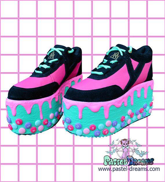 Candyholic drippy platforms cupcake