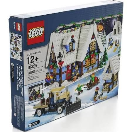 lego winter village - cottage
