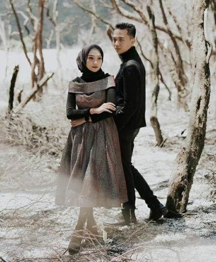 Baju Prewedding Casual Hijab
