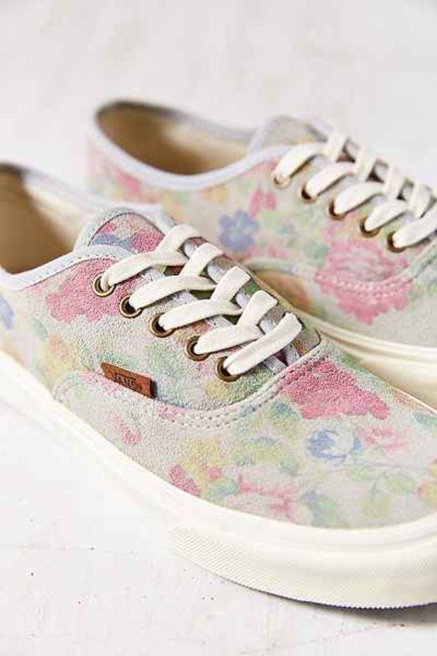 ab5eb4d542c2e0 Vans Authentic Slim Suede Floral Low-Top Women s Sneaker- Neutral Multi