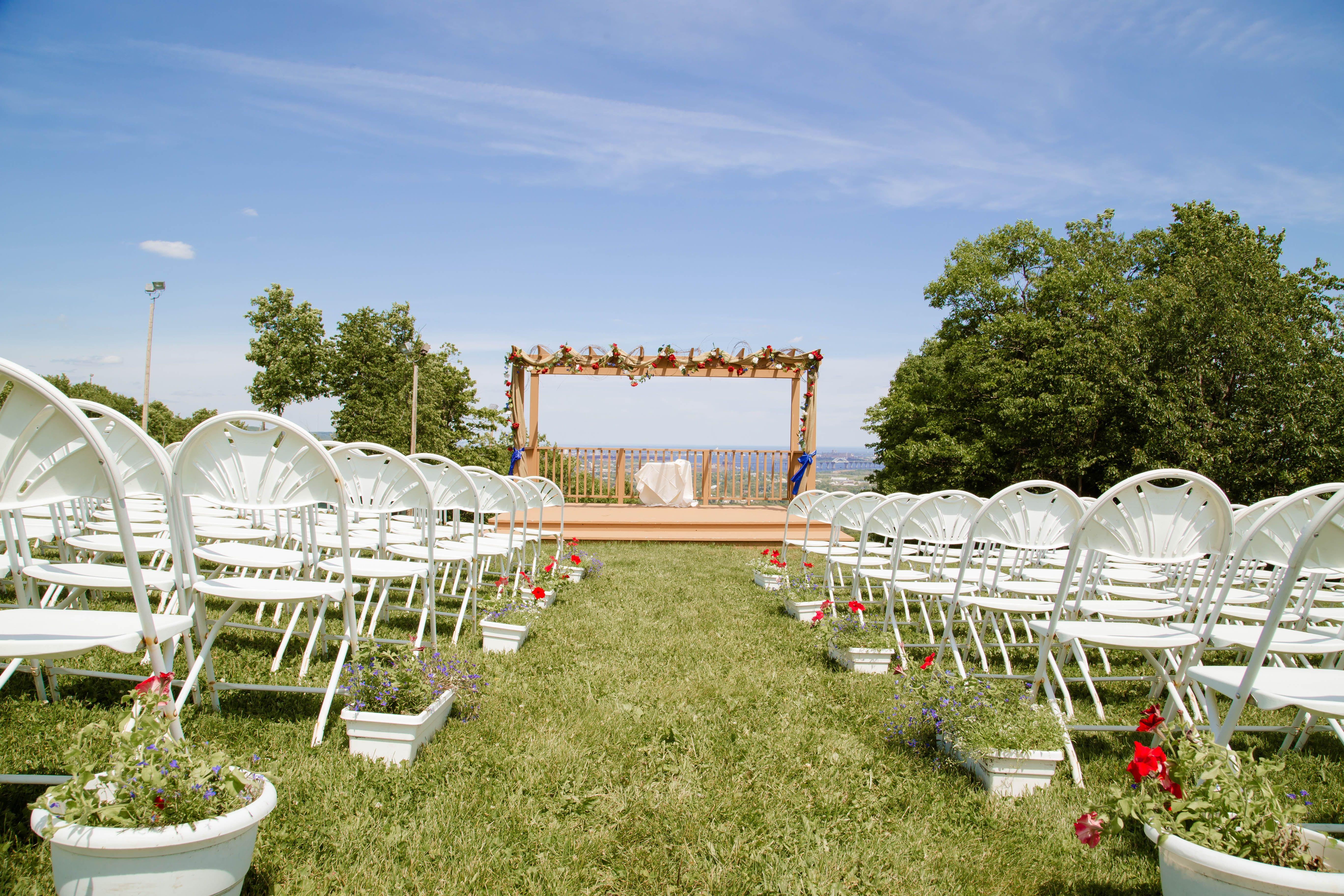 spirit mountain duluth mn wedding deck