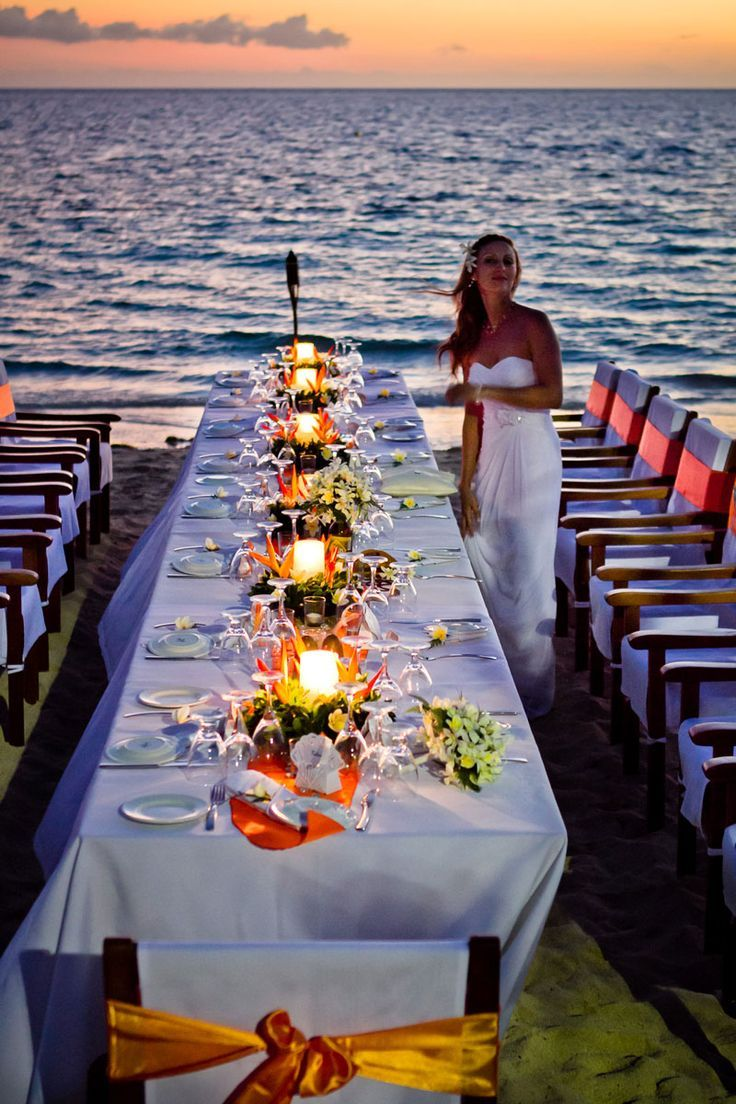 Have your sunset reception on the beach with the people
