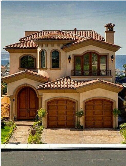 Wood Look Garage Doors Spanish Style Homes Spanish House