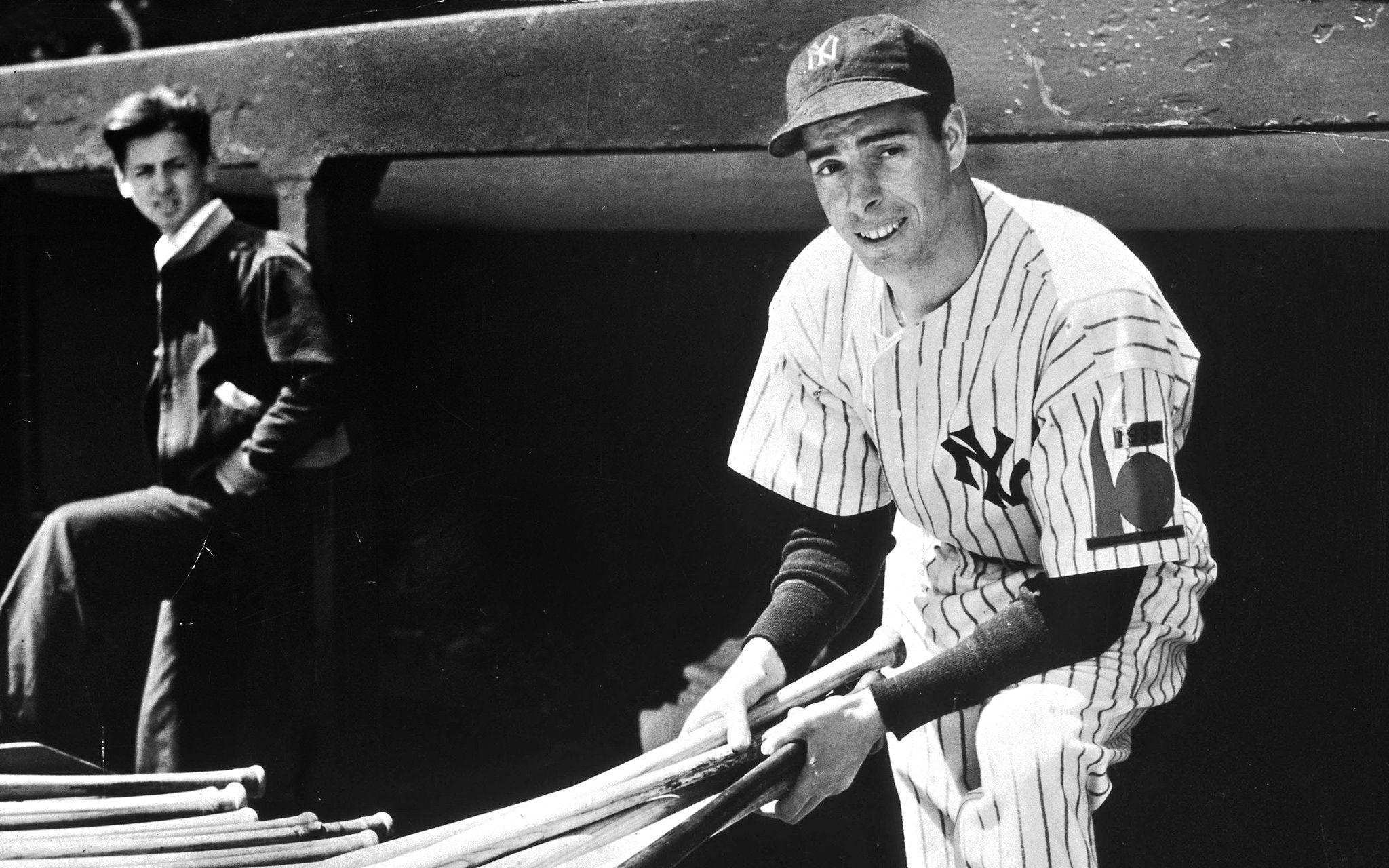 50 Greatest Yankees Photo Gallery Google Search Best Baseball Player Joe Dimaggio Baseball Star