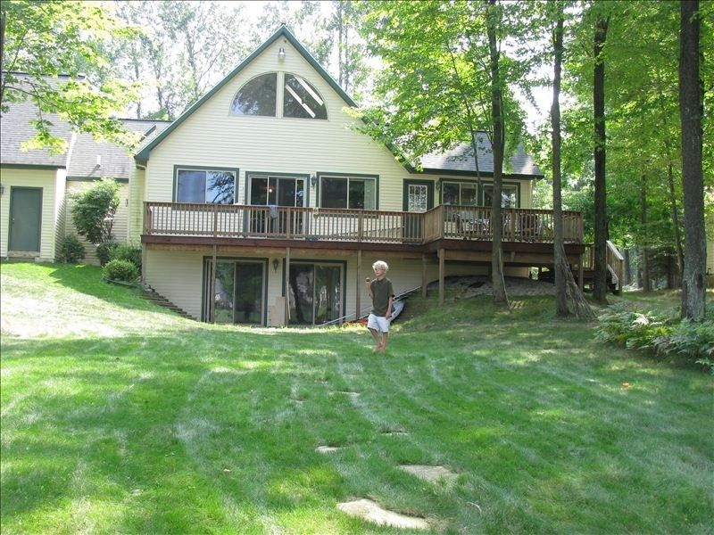 House vacation rental in canadian lakes from
