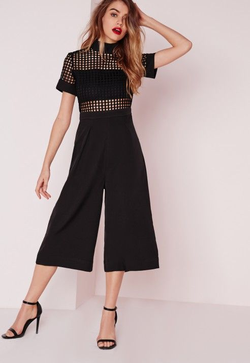 66a465e9d27 Embrace your elegance and make way for this show-stopping evening jumpsuit.  In grid detail