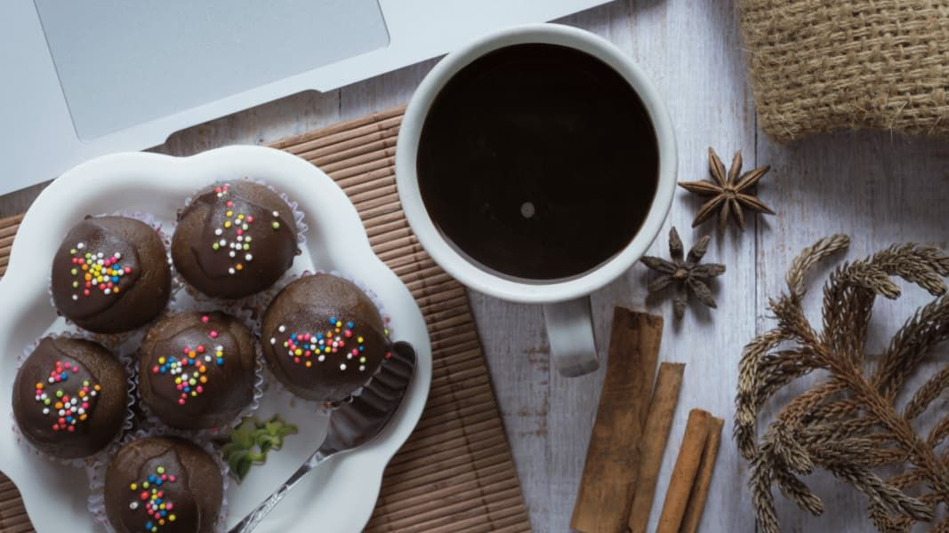 From cake pops to frappuccinos these diy starbucks treats