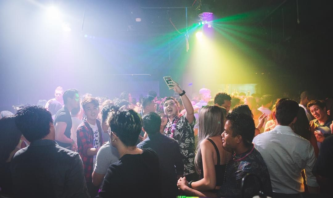 But firstlemme take a selfie      #ginzanightclub - bottle service resume
