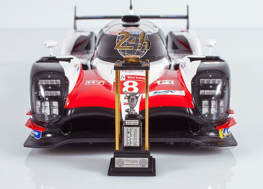 Toyota Ts050 Hybrid Lmp1 Sieger Le Mans 2018 Buemi Nakajima Alonso Spark 1 18 Ad Affiliate Sieger Le Toyota In 2020 Le Mans Popular Toys For Boys Ford Gt