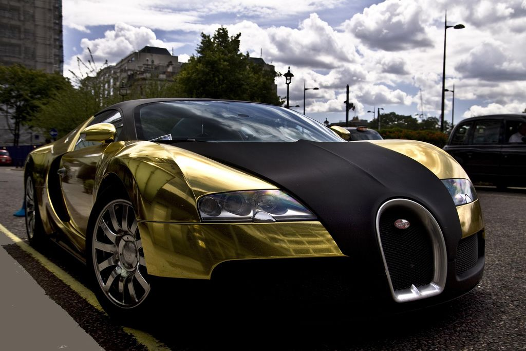 black and gold bugatti veyron earn money free gold do you know 2 people do you. Black Bedroom Furniture Sets. Home Design Ideas