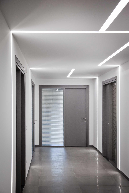 Tagli di luce a LED per un'illuminazione pulita e moderna