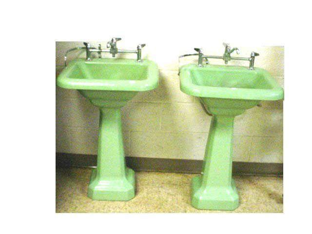 Pair Green Porcelain Pedestal Sinks 30 S Or Older Pedestal Sinks Mint Green Bathrooms Sink