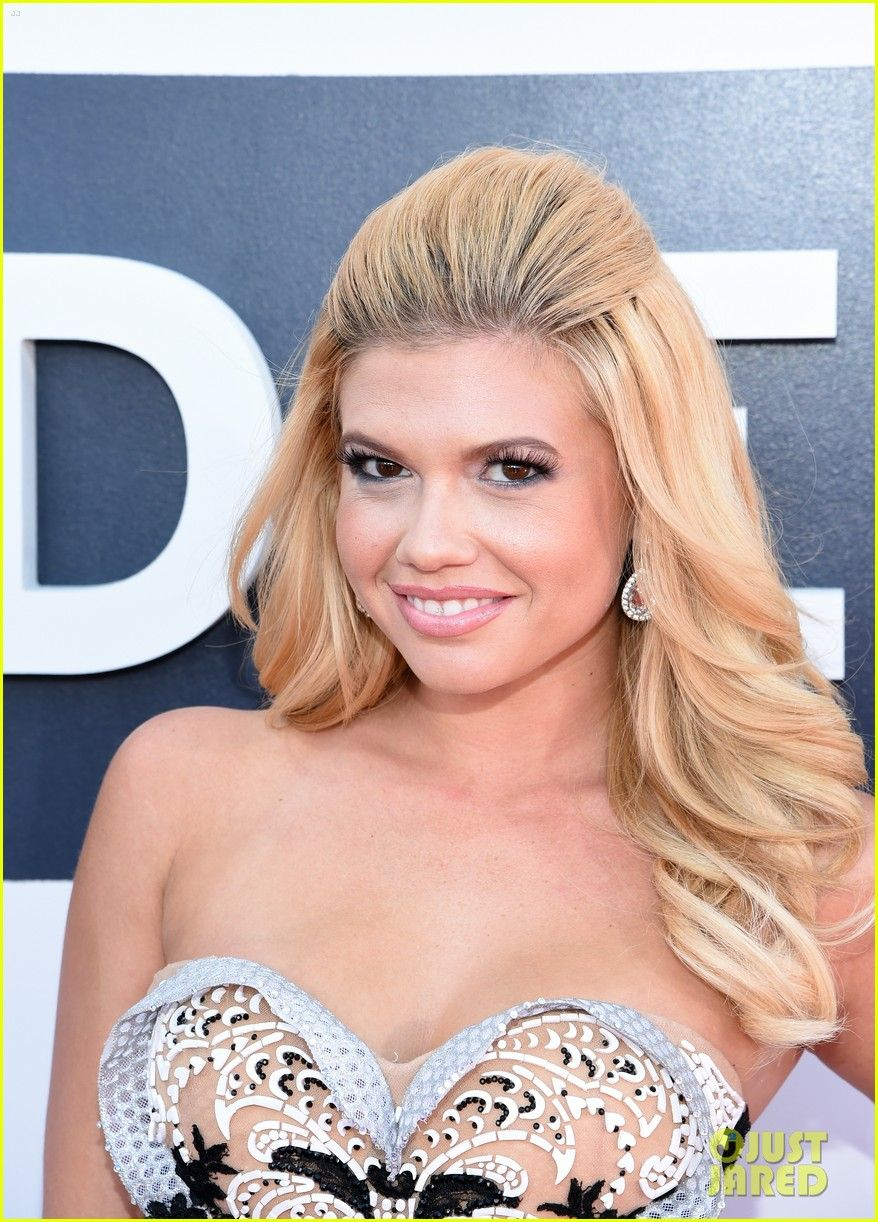 chanel west coast hits the red carpet at the 2014 mtv video