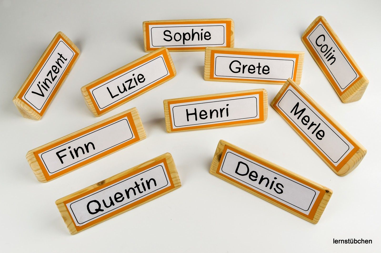 Mein Start Mit Den Namensschildern Namensschilder Namensschilder Basteln Flugblatt Design