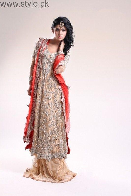 Latest Pakistani Engagement Dresses (10) | Dresses For Women ...