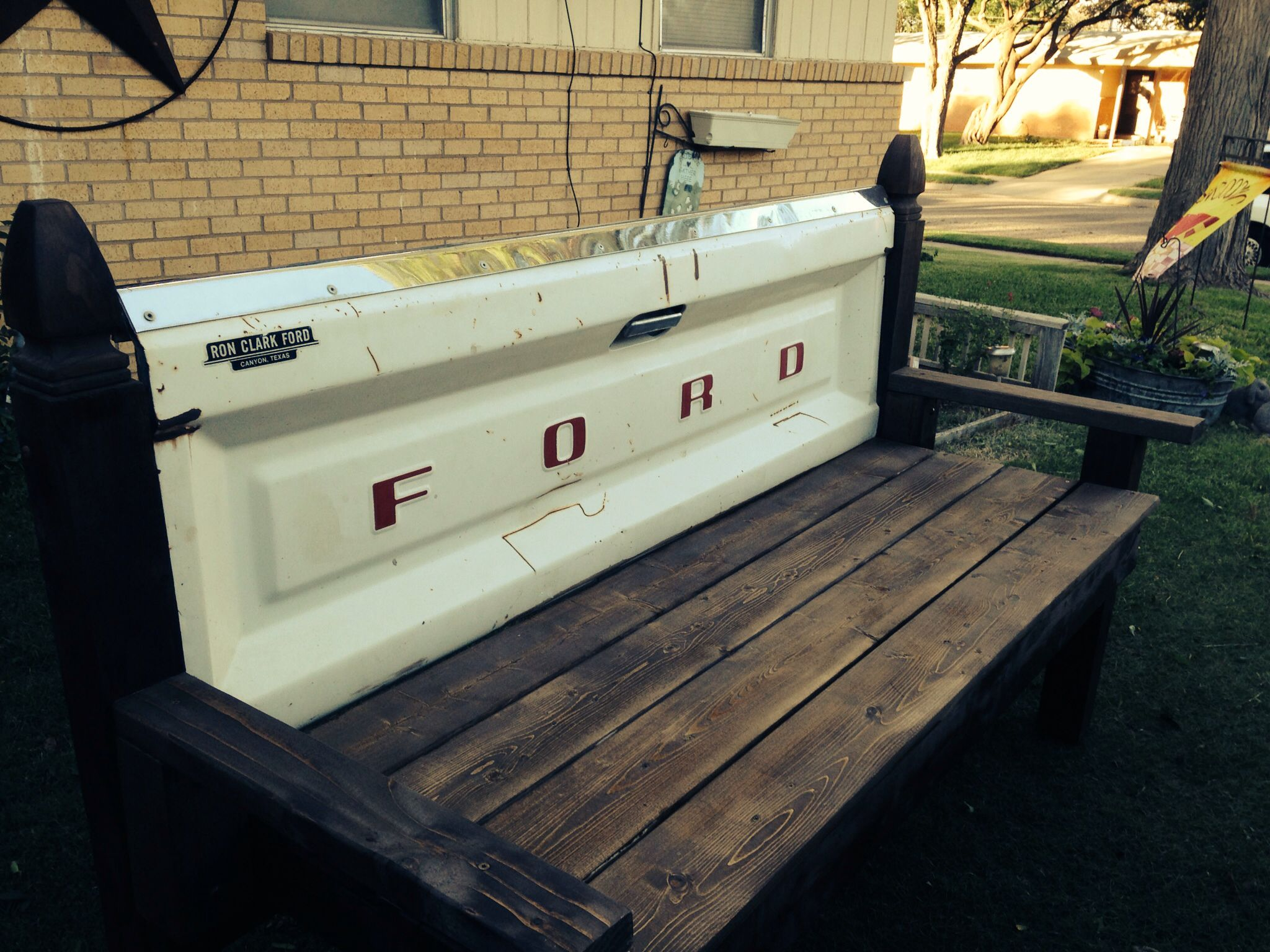 tailgate bench for sale $300.00 if interested please contact me.
