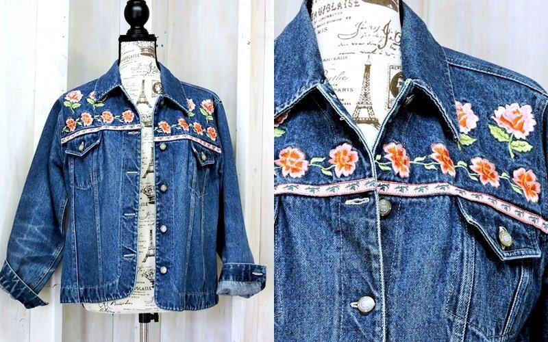 2c944f3ce0b Boho Hippie denim jacket / 90s Bill Blass jean jacket #vintage #s #bhfyp # retro #secondhand #etsy #vintagestyle #streetwear #vintageclothing #like