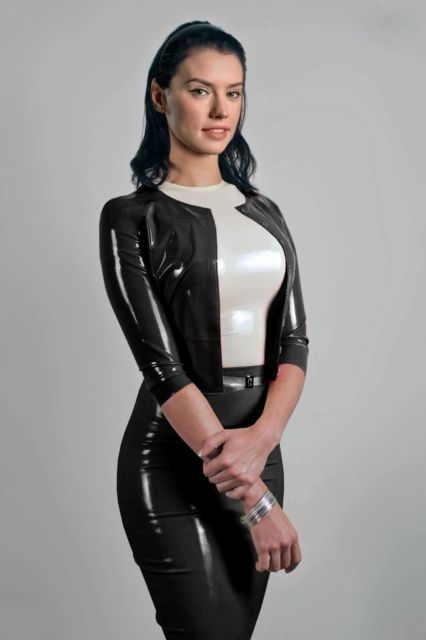 925ac26a0011 Sexy Daisy Ridley Star Wars Black PVC Latex Outfit A4 Photo