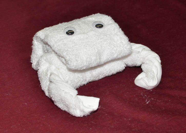 How To Make A Towel Crab Http Www Maketowelanimals Com
