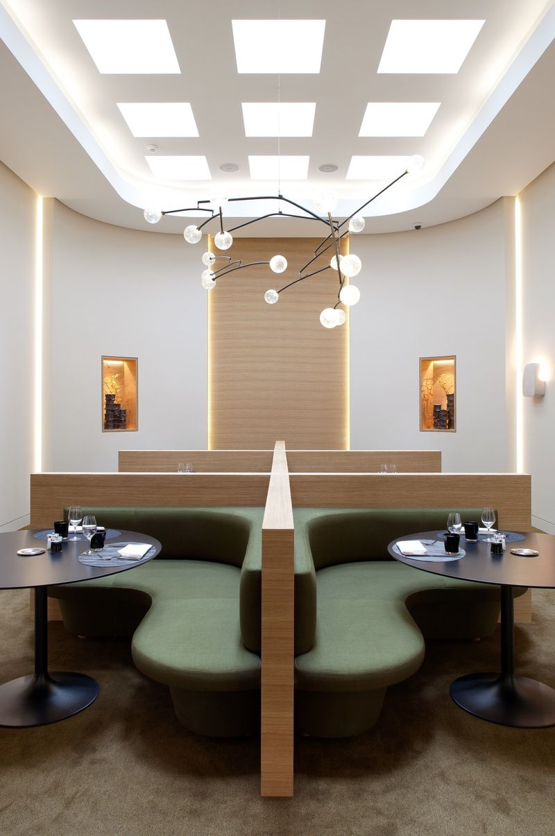 Architecture D'interieur Restaurant French Dining Room In Paris France By Pierre Yovanovitch