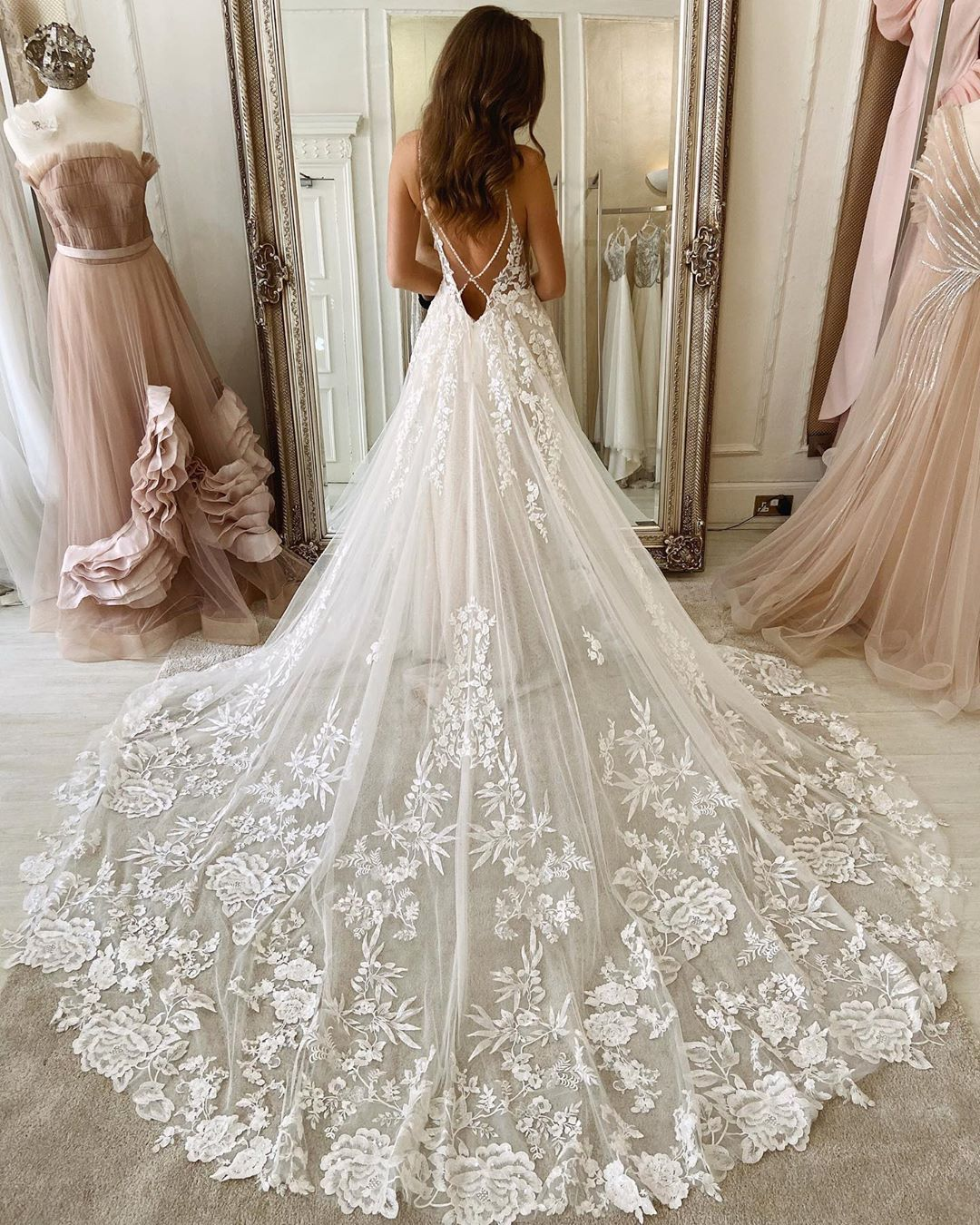 Eleganza Sposa On Instagram So We Might Just Be A Little Bit Obsessed With Our New Gown A Wedding Dresses Lace Country Style Wedding Dresses Wedding Dresses [ 1350 x 1080 Pixel ]