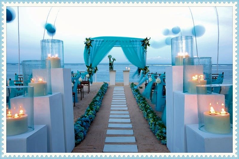 Wedding planners and Beach