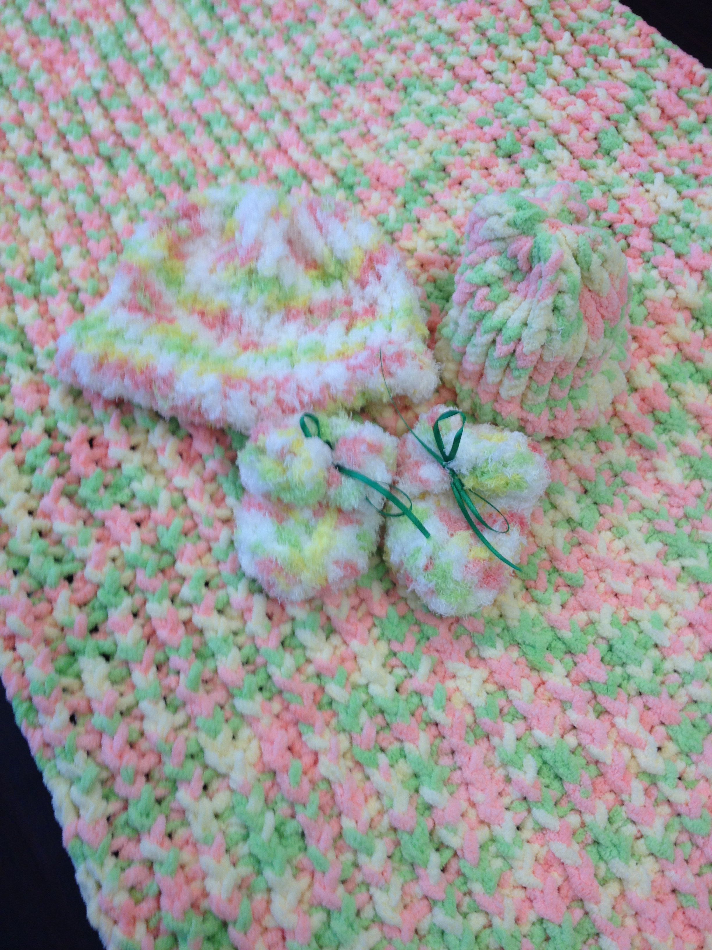 loom knitted baby blanket, newborn hat, infant/toddler hat, booties ...