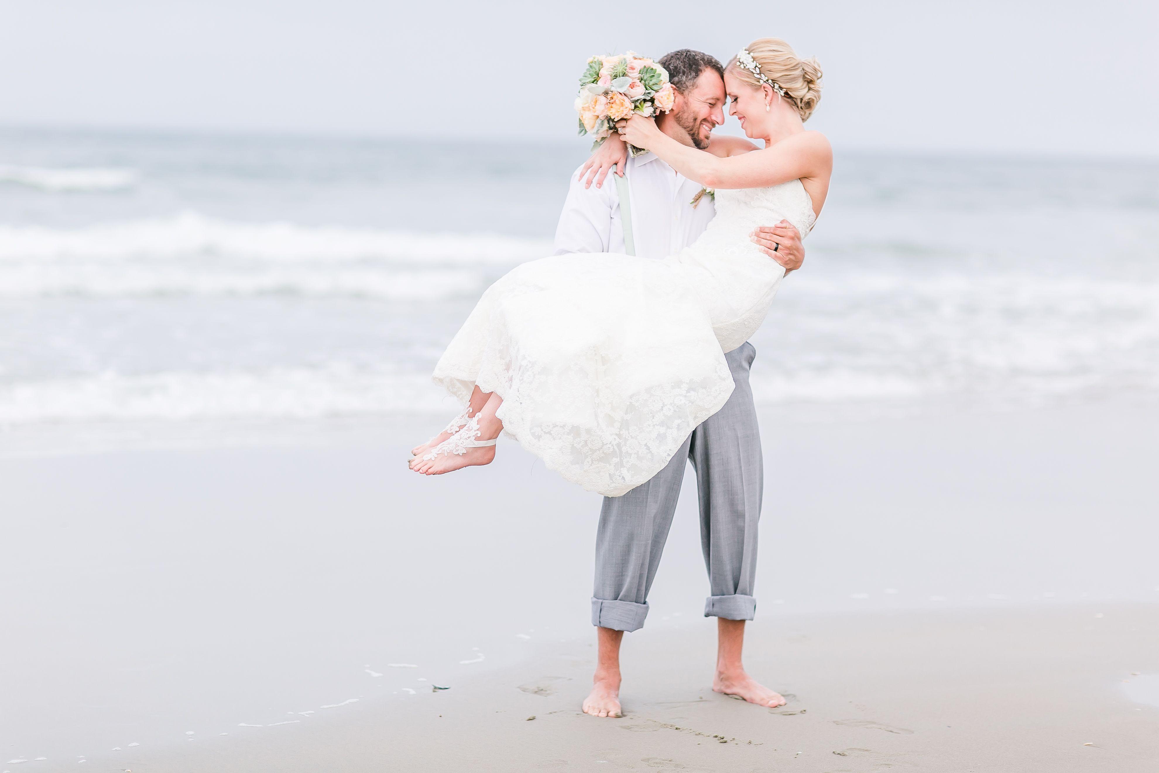 A Laid-Back Beach Wedding at Wild Horse at Swan Island Estates in ...