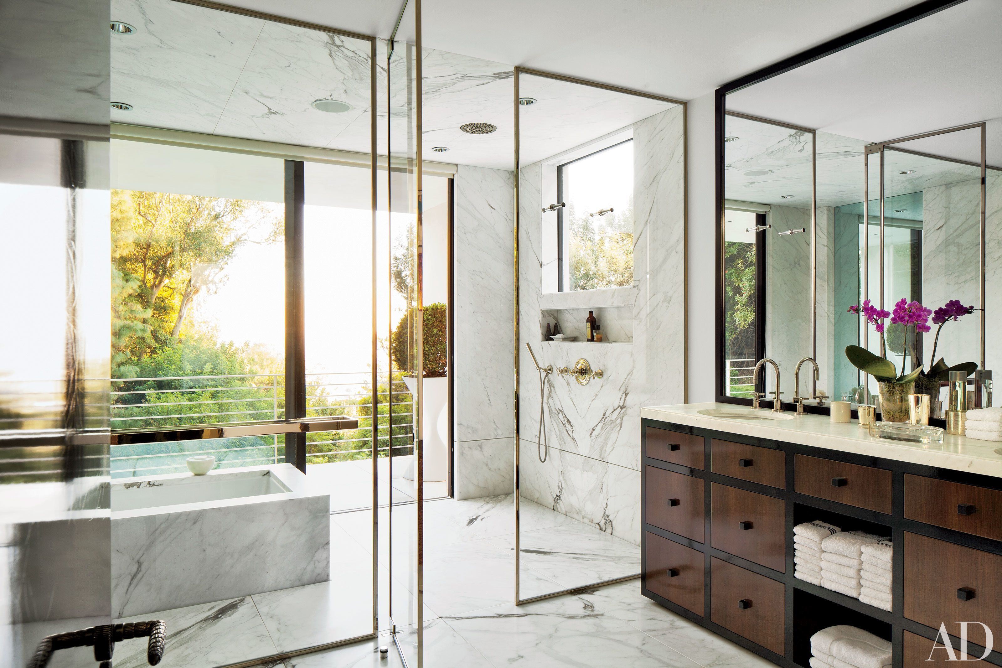 Add Shine To Any Room With Brass Accents Bathroom Inspiration Home Bathroom Design