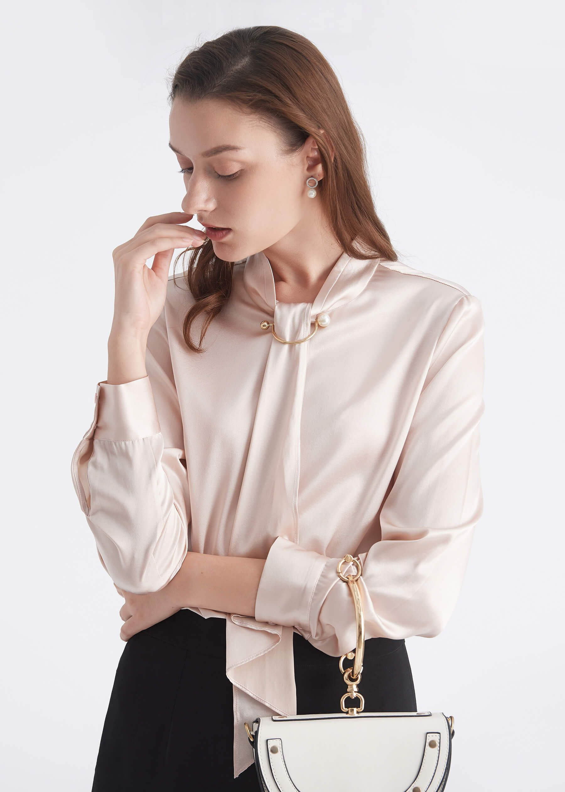 fb4e354fffd70 Lilysilk silk top has a modern spirit that moves easily from day to  evening. The high-neck featured collar