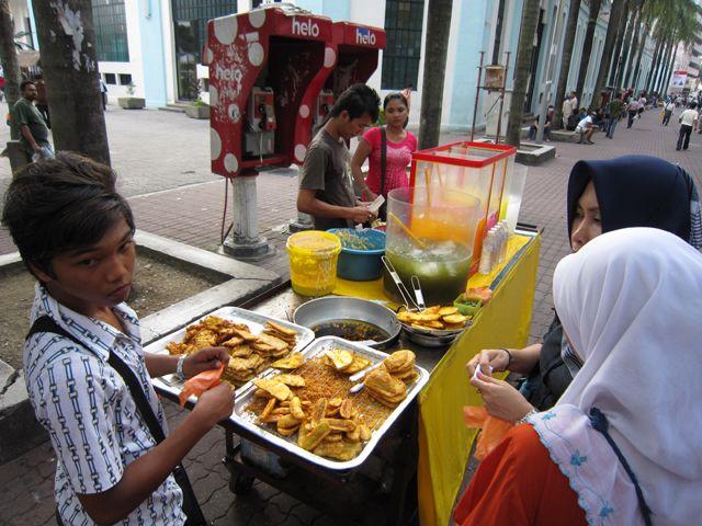 Malaysian Street Food In Kuala Lumpur Food Street Food Food Market