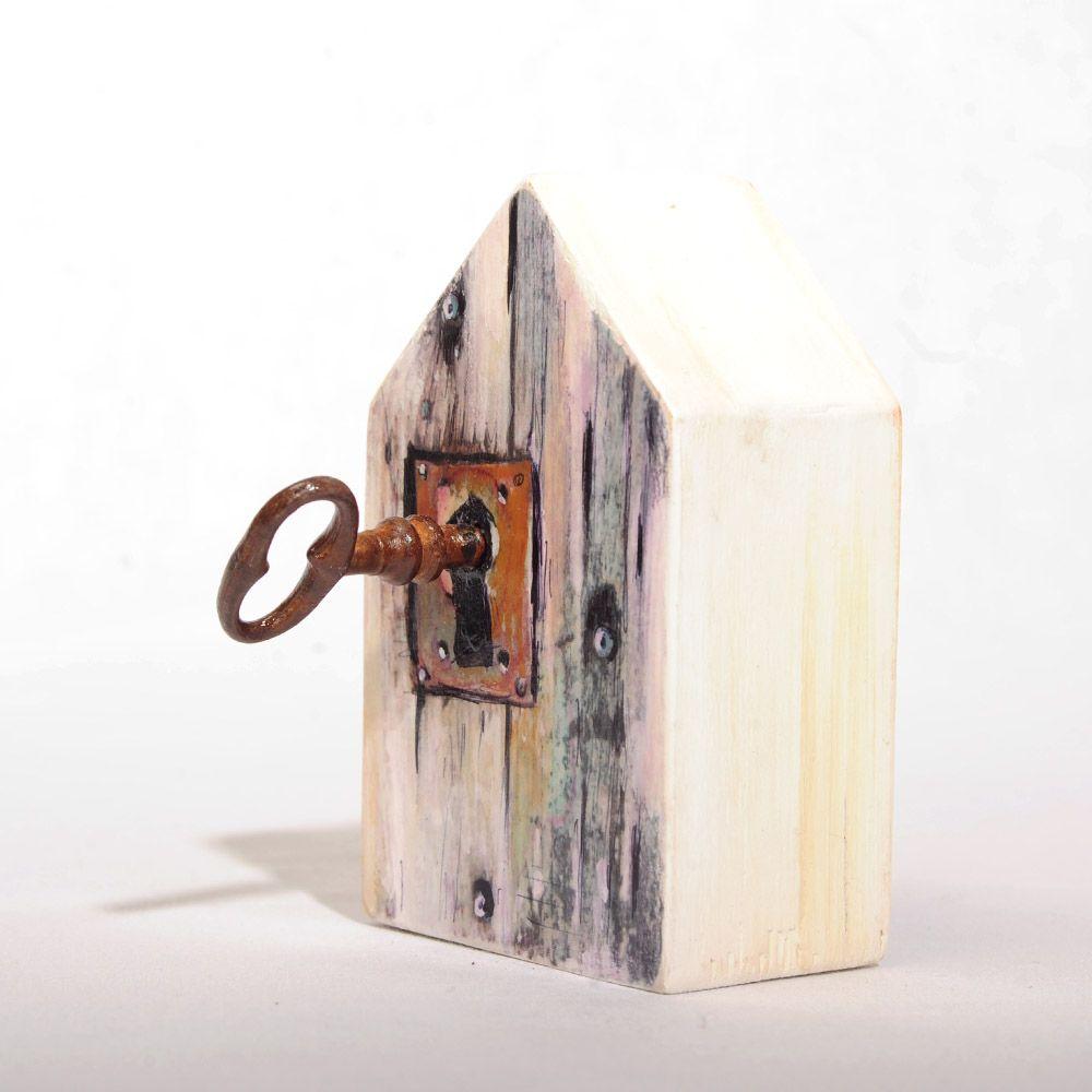 Lock house key block