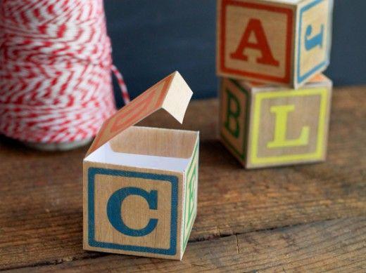 Cricut Inspiration - DIY alphabet block boxes from The Elli Blog