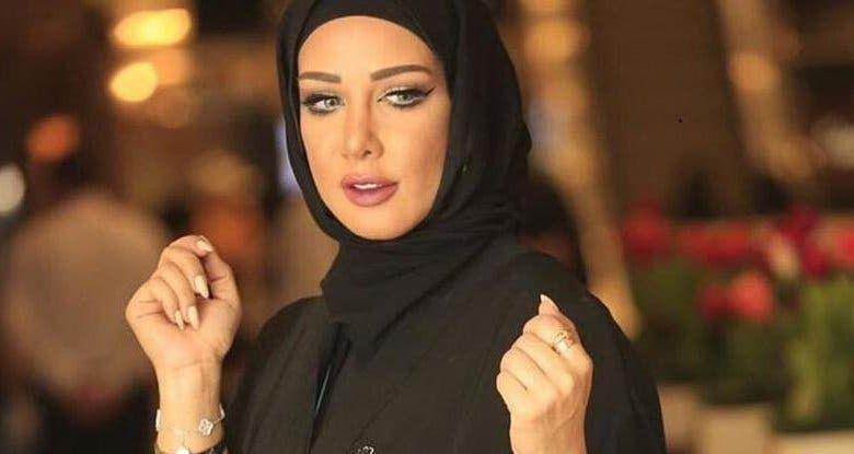 بالفيديو جمال النجادة تستفز متابعيها بعد إخلاء سبيلها في قضية غسيل الأموال نسك ت أفواه الكلاب Fashion Hijab