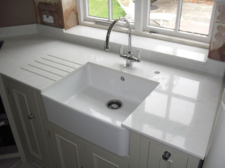 Carrara Quartz By Compac On Neptune Kitchen Kitchen Sink Units Granite Worktop Kitchen Neptune Kitchen